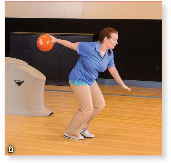 Roller-style bowling (b)